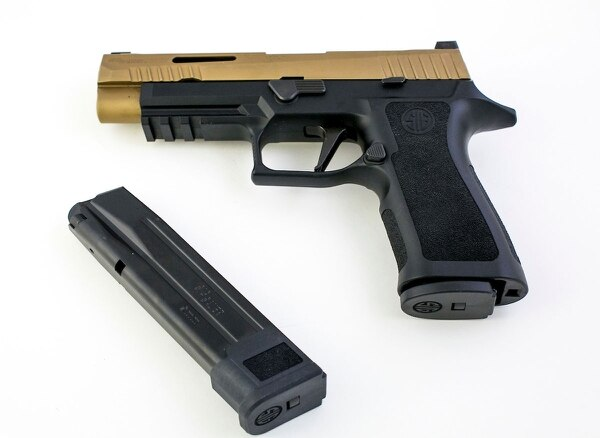 With hi-cap mags standard in the package, the P320 X-VTAC is ready to rock right out of the box.