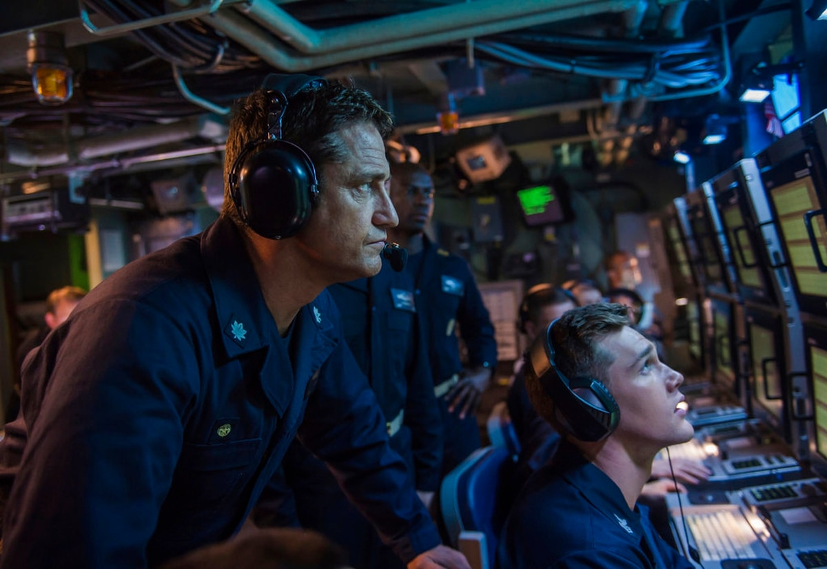 Review: 'Hunter Killer' is a submarine movie on steroids
