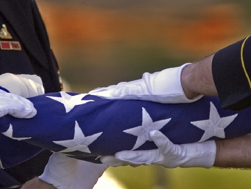 An Army Reserve senior NCO died of COVID-19 complications on Thursday. (Paul J. Richards/AFP/Getty Images)