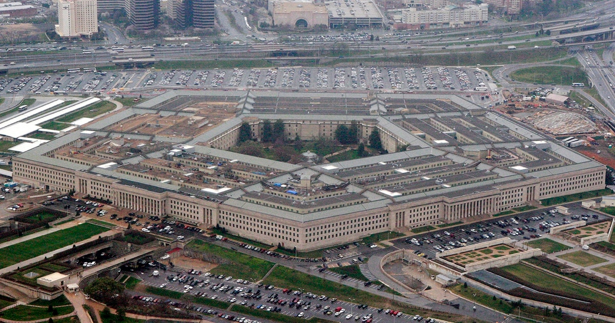 A headquarters Marine is the first service member COVID-19 case in the Pentagon