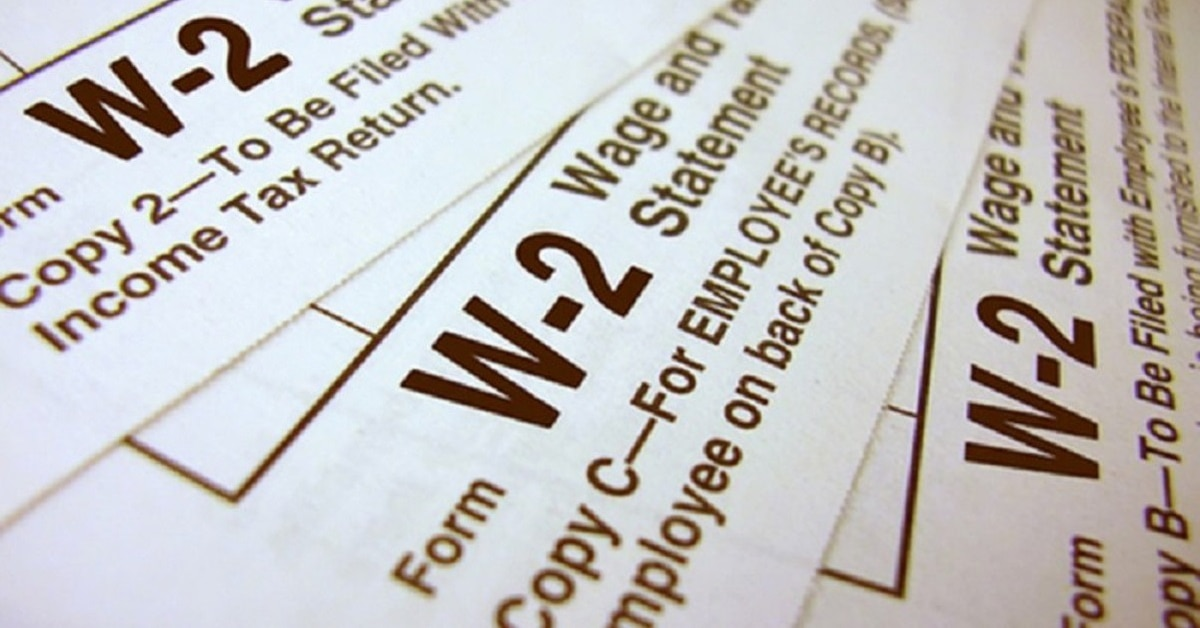 There's A New IRS Tax Scam That Comes With A Twist