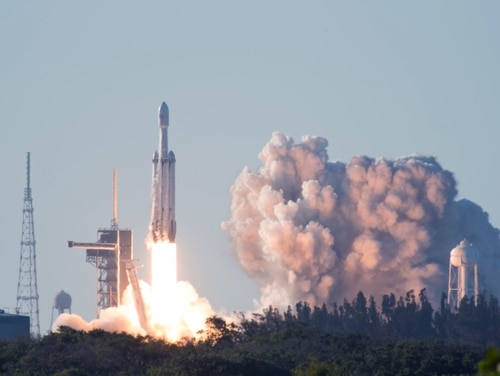 SpaceX's Falcon Heavy Arabsat 6A lifts off from Space Launch Complex 39A at Kennedy Space Center, Fla., April 12, 2019. This flight marks the second launch of the Falcon Heavy rocket. (2nd Lieutenant Alex Preisser/U.S. Air Force)