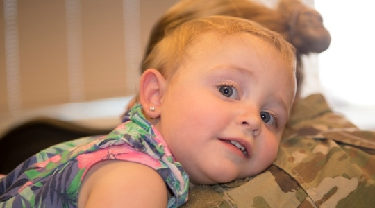 Lawmakers want DoD to find more options for families struggling to find child care because of pandemic-related issues. (Airman 1st Class Taylor D. Slater/Air Force)