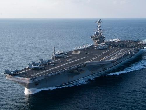 The aircraft carrier Harry S. Truman transits the Arabian Sea. (MC2 Scott Swofford/Navy)