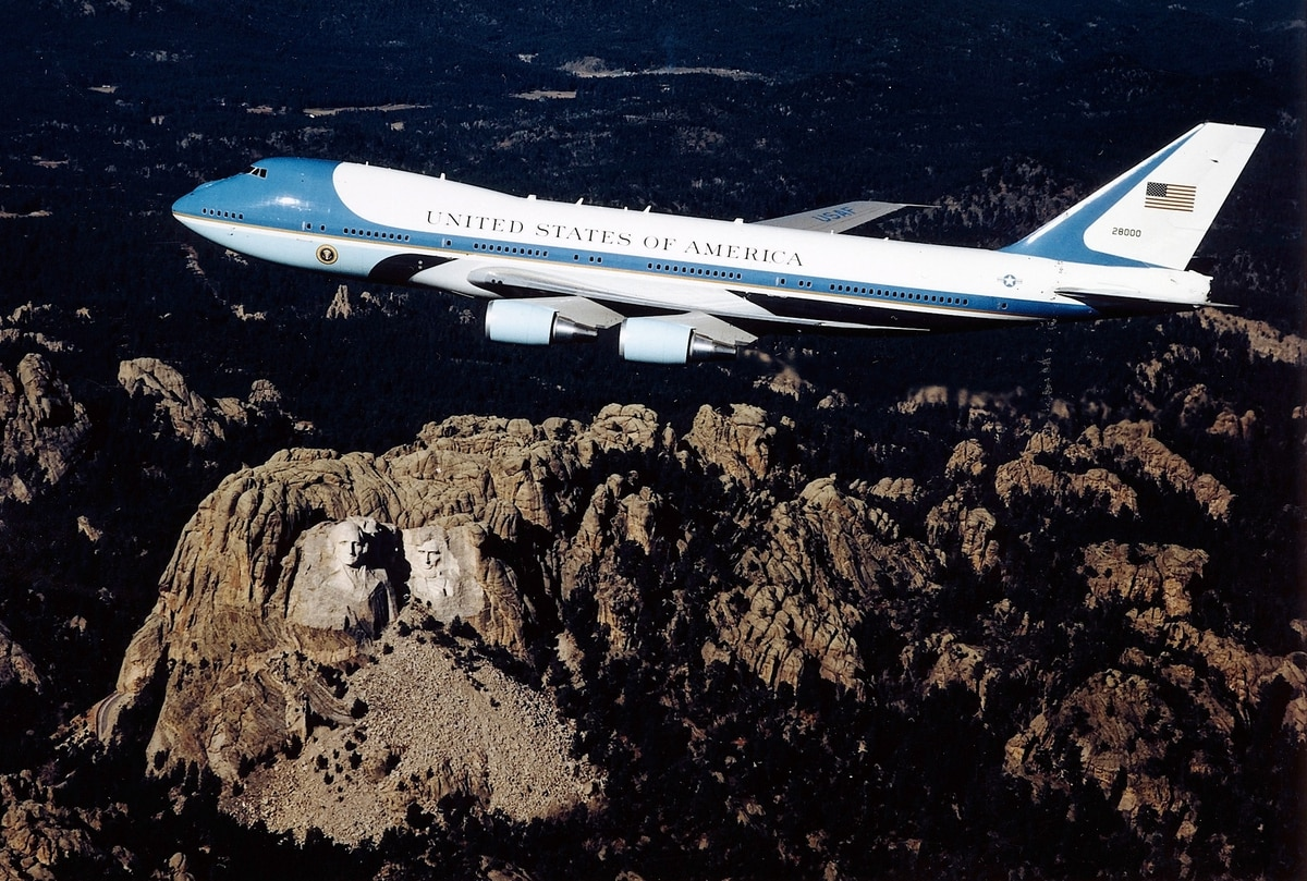 Bankrupted Russian firm's jets may become Air Force One