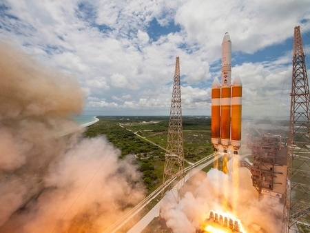 A United Launch Alliance Delta IV-Heavy rocket lifts off from Space Launch Complex 37B at Cape Canaveral Air Force Station, Fla., June 11, 2016. The Delta IV rocket carried a classified national security payload for the U.S. National Reconnaissance Office. (Courtesy photo/United Launch Alliance)