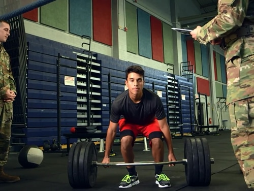 An investigation found that hundreds of recruits shipped to basic training without taking a required fitness test. (Army)