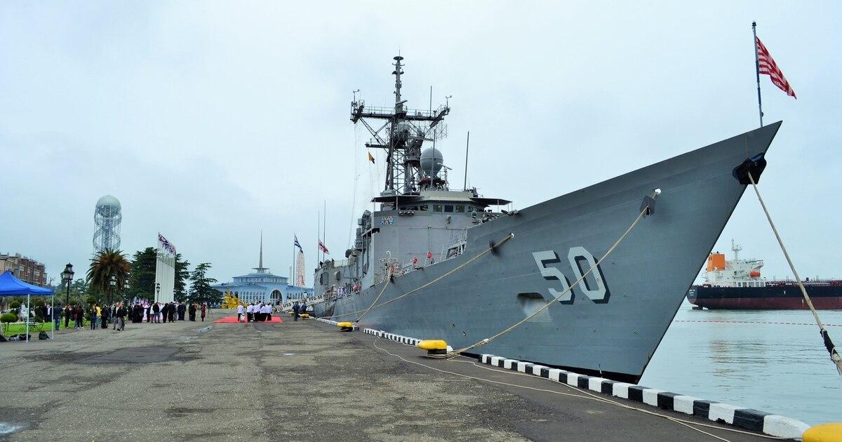 www.defensenews.com: Taiwan receives two US Navy frigates