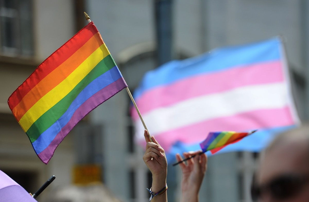 Poll: Active-duty troops worry about military's transgender policies
