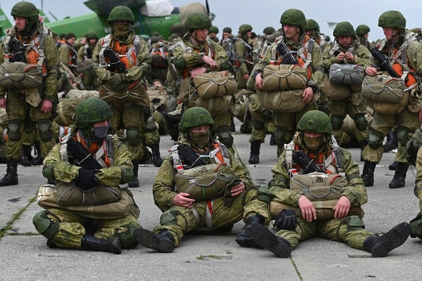 Russian paratroopers wait to load onto a plane for airborne drills during maneuvers in Taganrog, Russia, on April 22, 2021. (AP)
