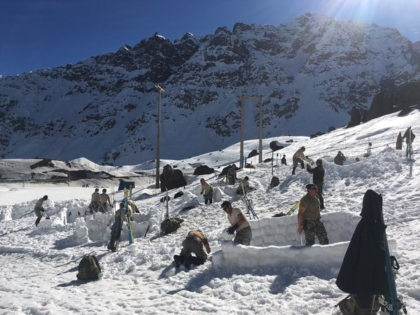 Texas Army National Guardsmen work alongside the Chilean soldiers during the Chilean Mountain School course August 15-26, 2016 in Portillo, Chile. (Army)