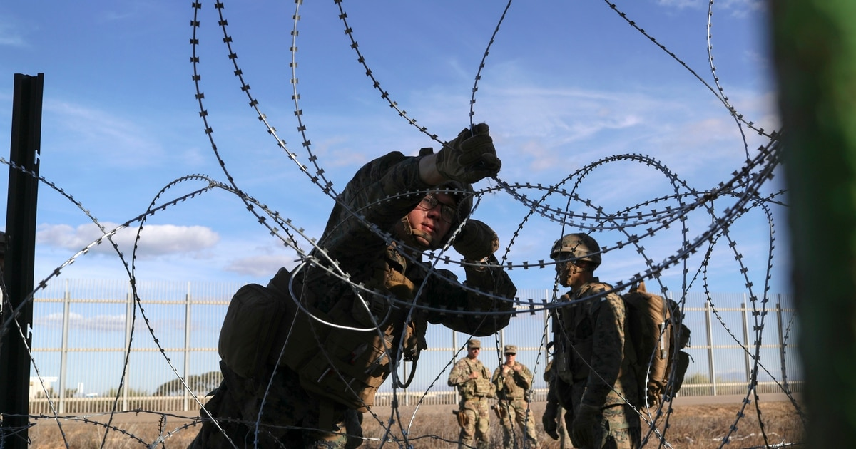 Hundreds more active-duty troops may be sent to US-Mexico border