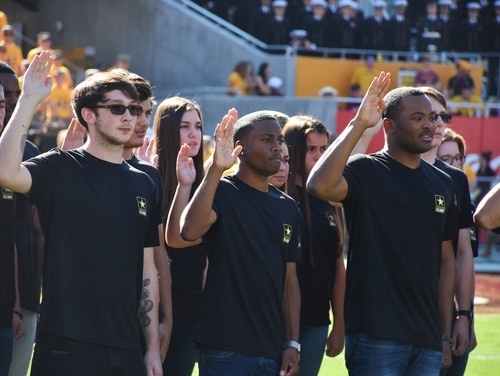 Army recruiting units have been struggling to make their numbers. (Alun Thomas/Army)