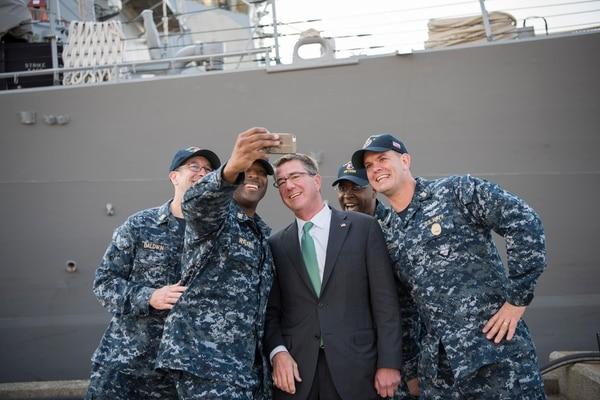 Carter: U S  to return Okinawa land to Japanese government