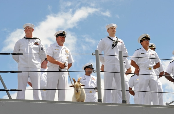 140616-N-QG393-030 PEARL HARBOR (July 16, 2014) Sailors, assigned to the guided-missile cruiser USS Lake Erie (CG 70), man the rails as the ship returns to Joint Base Pearl Harbor-Hickam from a four-month Western Pacific deployment. The deployment was designed to promote peace and security, preserve freedom of the seas and to conduct theater security operations with partner nations. Lake Erie is expected to replace USS John Paul Jones (DDG 53) this summer as a rotational Ballistics Missile Defense (BMD) deployer from San Diego, as John Paul Jones takes Lake Erie's place in Hawaii as the nation's BMD Test Ship. (U.S. Navy photo by Mass Communication Specialist 2nd Class Tiarra Fulgham/Released)