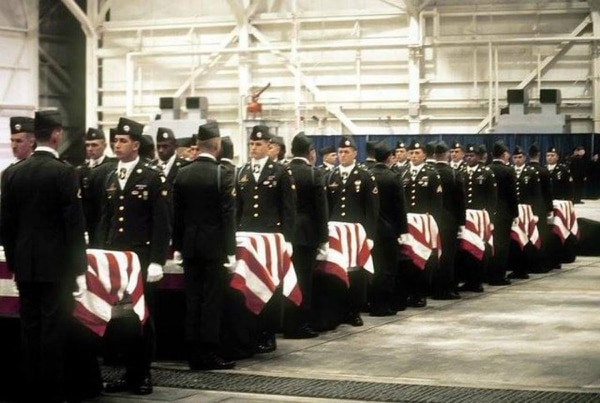 Archived photo of the 101st Airborne Division memorial service for the 248 soldiers killed in an airplane crash in Gander, Newfoundland on Dec. 12, 1985 while returning home from a peacekeeping mission in the Sinai Peninsula, Egypt. (Army archives)