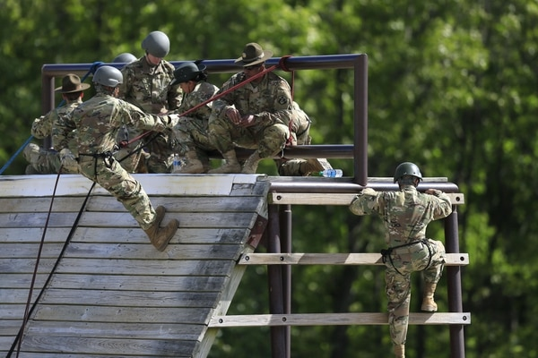 Soldiers train on the Warrior Tower at Fort Leonard Wood, Mo., May 3, 2016. Fort Leonard Wood just welcomed its first female commander. (Orlin Wagner/AP)
