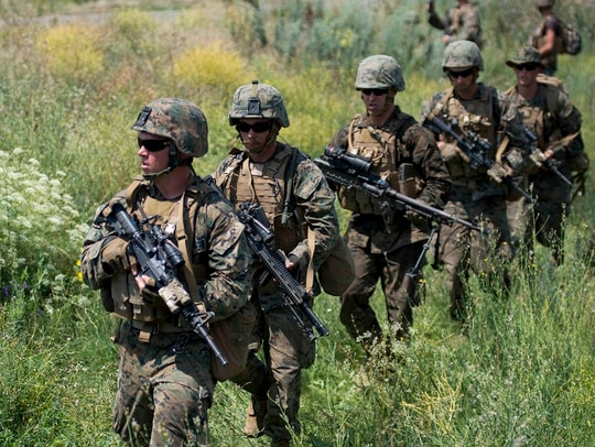 Marines assigned to Echo Company, 2nd Battalion, 25th Marine Regiment, participate in a mechanized company attack rehearsal at Shiroky Lan training center in Ukraine during exercise Sea Breeze 2018, July 13. (Mass Communication Specialist 1st Class Ryan Riley/Navy)