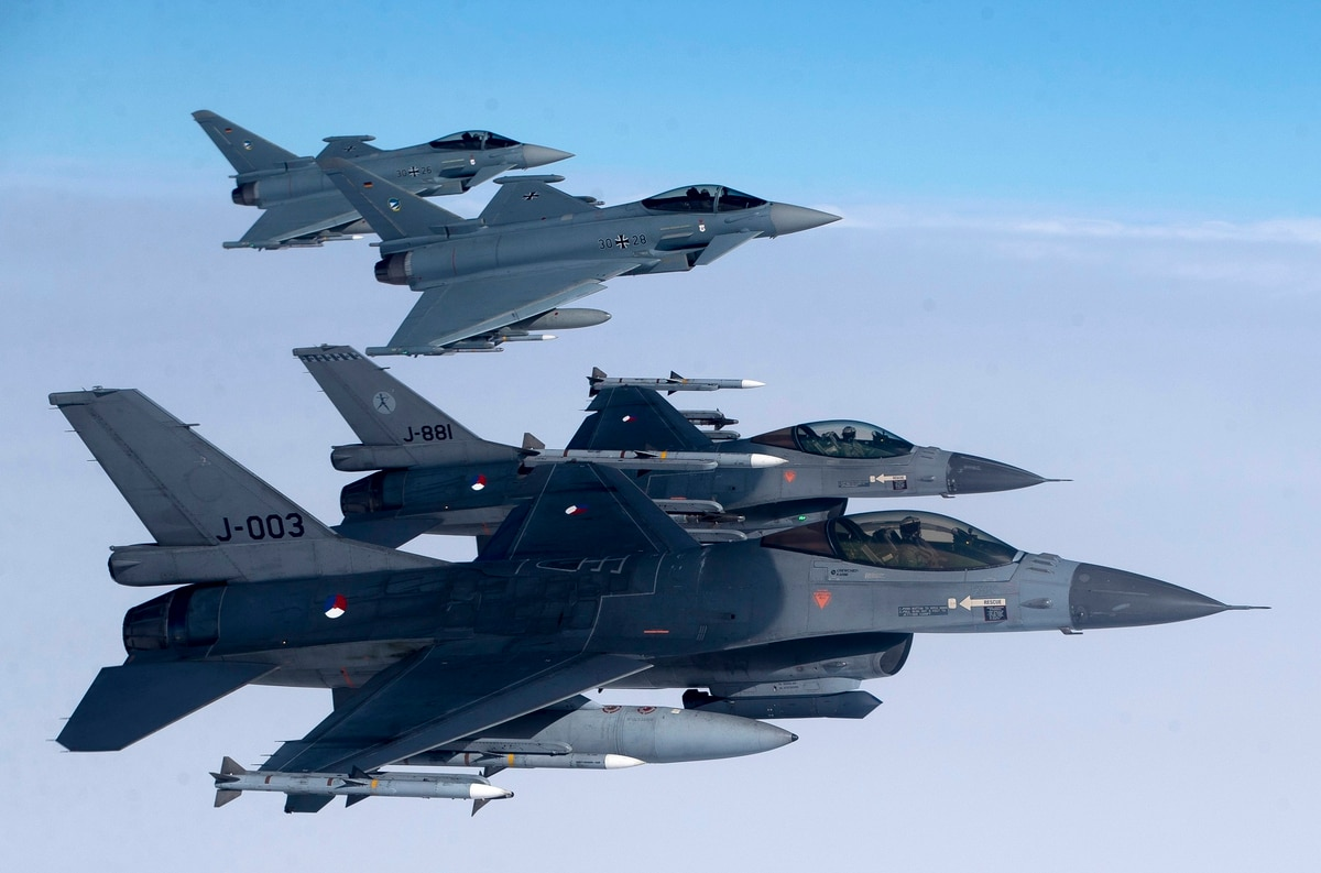Bulgaria backpedals on Saab Gripen purchase, considers F-16 and