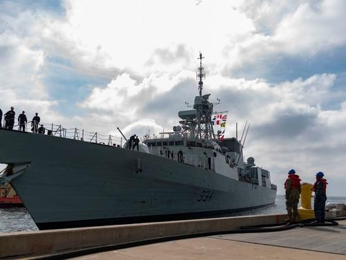 The Canadian Navy Halifax-class frigate Regina arriving at Naval Base San Diego on Jan. 11. (Mass Communication Specialist Seaman Hector Carrera/Navy)