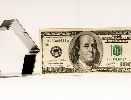 The Treasury Department will soon start sending checks to American households. (J.Lee/Getty Images)