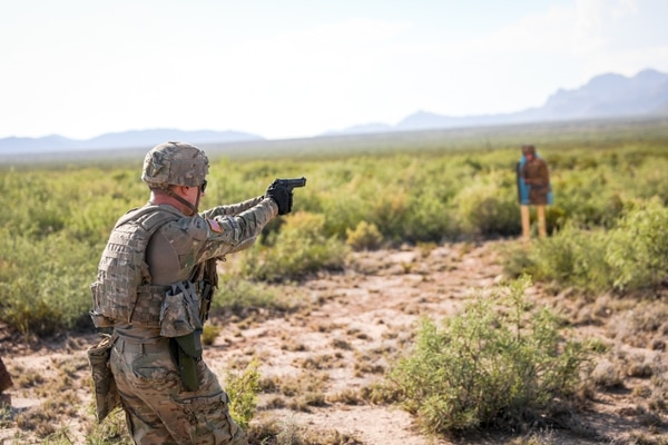 Sgt. John Sis, an infantryman assigned to 4th Battalion, 70th Armor Regiment, 1st Armored Brigade Combat Team, 1st Armored Division, fires a Beretta M9 pistol at a target at Fort Bliss, Texas. (Spc. Matthew J. Marcellus/Army)