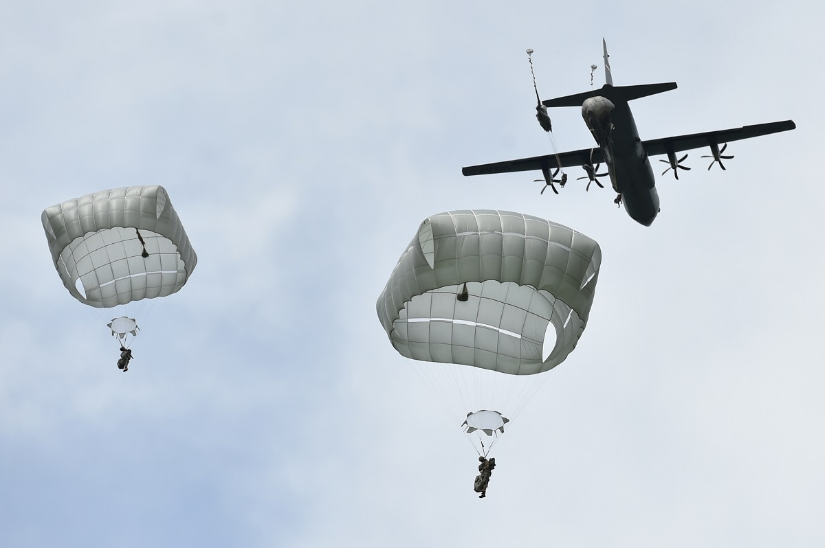b9cc3a6556871 This NCO faked his way into the 82nd Airborne — and he almost got away with  it