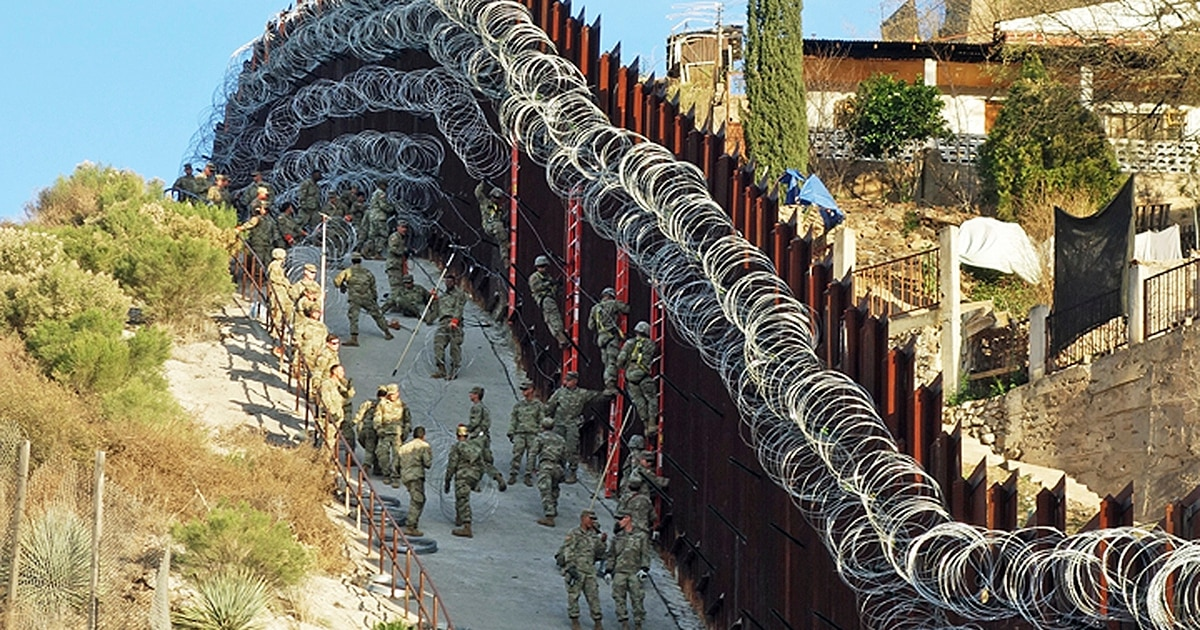 Arizona city officials want troop-installed razor wire removed from border wall