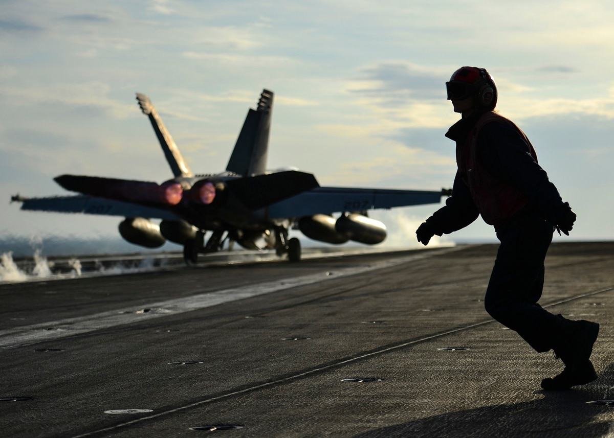Navy re-up bonus bucks on the rise in '18 — can you cash in?