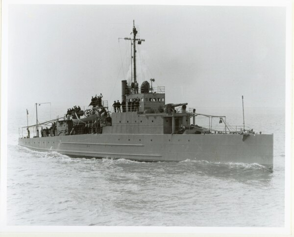 This is the patrol boat Eagle 2 (PE-2) during sea trials in 1918. (Navy)