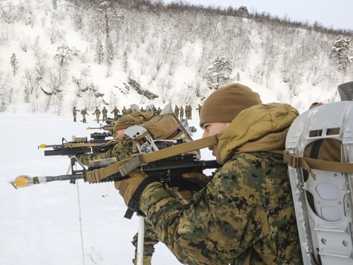 Marines rehearse various infantry maneuvers in preparation for the tactical phase of arctic-weather training in Norway, Feb. 13, 2016. (Cpl. Immanuel Johnson/Released)