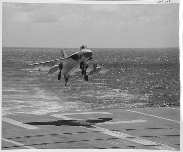 Douglas F4D-1