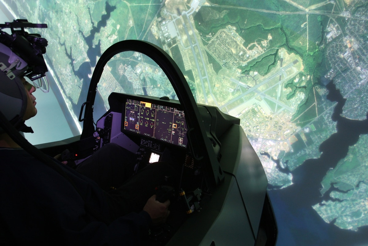 Marines to add flight simulators to recruiting offices to
