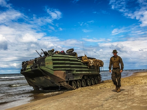 Long a part of the Marine Corps fleet and due for an upgrade, amphibious connectors such as the Amphibious Assault Vehicle could be scrapped as a Senate report looks at the feasibility of the amphibious assault mission on the modern battlefield. (Staff Sgt. Dengrier M. Baez/Marine Corps)