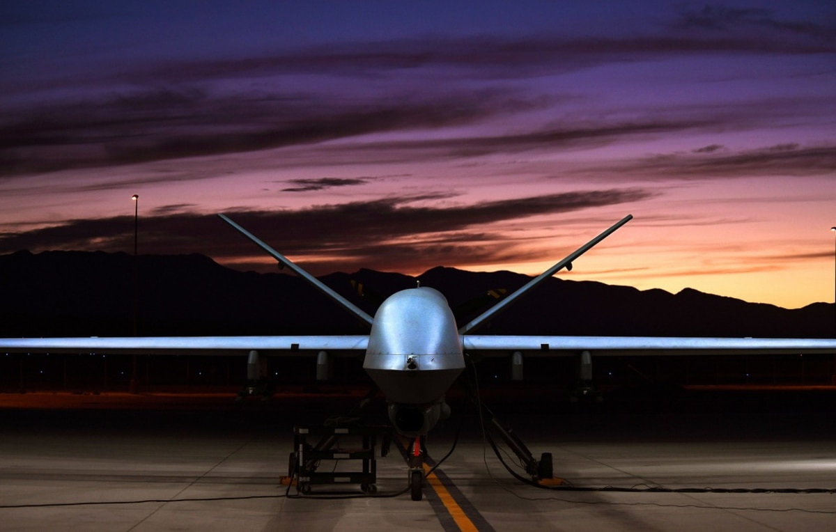 army reaper drone with Mda Awards Three Contracts To Design Uav Based Laser on Ranks  bat field uniforms soldiers dutch army  herlands land ground forces technical data sheet additionally Index moreover Scud scud A scud B ss 1 9k72 r 11 ground to ground medium range ballistic missile data sheet uk together with Bvs10 bvs 10 viking  hibious all Terrain armoured vehicle data sheet description information uk besides Engagement Day.