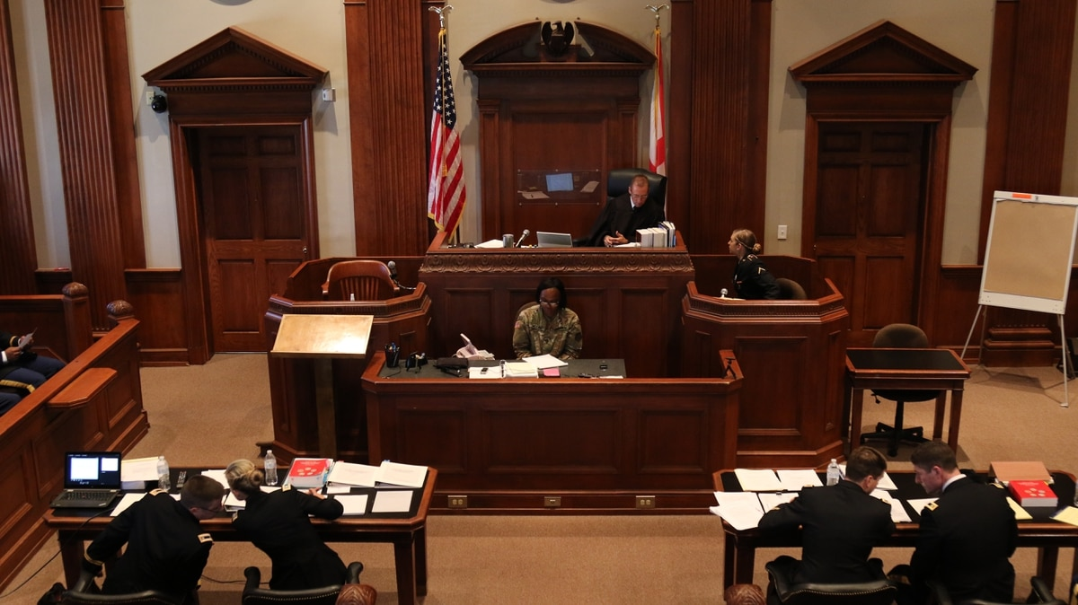 Military retirees can still be court-martialed, Supreme
