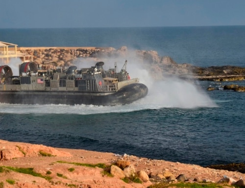 A U.S. amphibious hovercraft departs with evacuees from Janzur, west of Tripoli, Libya, Sunday, April 7, 2019. (Mohammed Omar Aburas/AP)