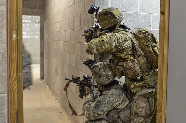 82nd Airborne Division paratroopers conduct an assault on a compound during urban terrain training. (Spc. John Lytle/Army)