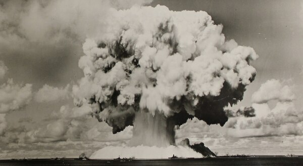 Atomic cloud formation from the Baker Day explosion over Bikini Lagoon. (National Archives)