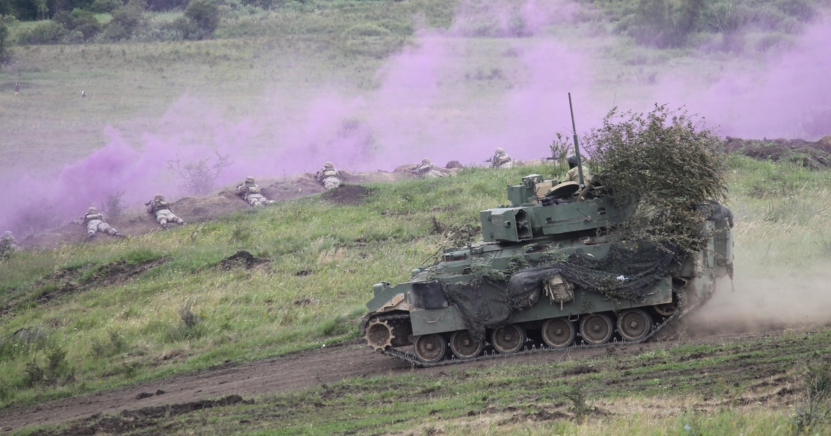 Army takes step back on Bradley replacement prototyping effort