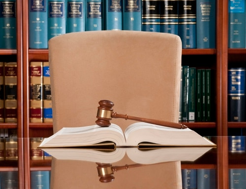 Inspectors General would have the court-enforceable power to compel testimony from former feds and contractors. (Spiderplay)