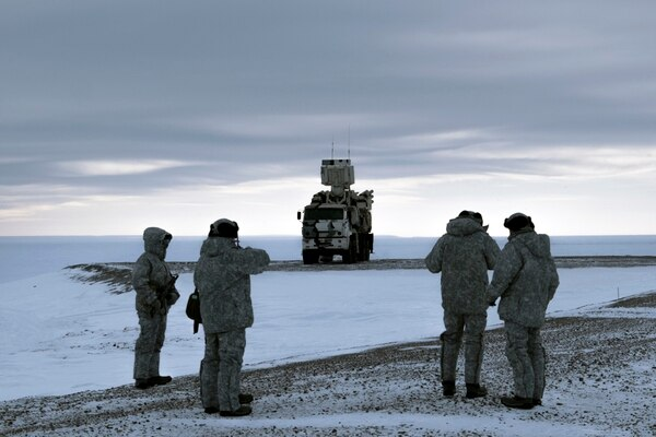 A Pansyr-S1 air defense system moves across Kotelny Island. (Vladimir Isachenkov/AP)