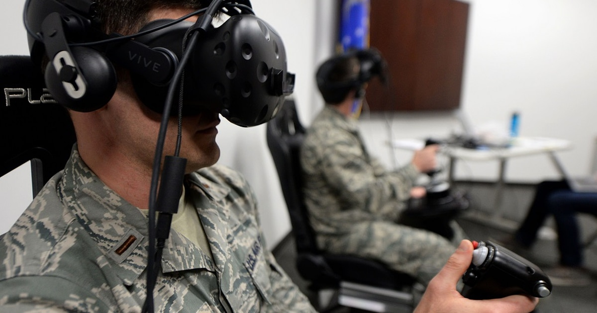 Virtual reality training — for pilots, maintainers and more — expands in 2020