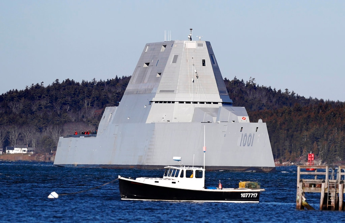 928751bc9f Advanced Gun System was holding back the Navy s new stealth destroyer