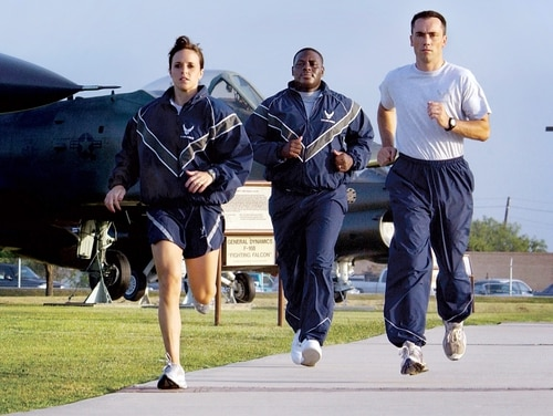 The Air Force announced it is delaying resuming physical fitness assessments until July. (Master Sgt. Efrain Gonzalez/Air Force)