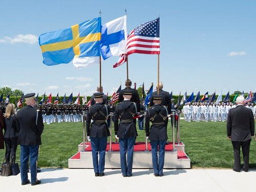 U.S. Secretary of Defense Jim Mattis, Swedish Minister of Defensce Peter Hultqvist and Finnish Minister of Defence Jussi Niinistö appear at the Pentagon before signing a new trilateral agreement. (U.S. Defense Department)