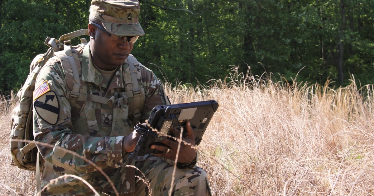 How the Army and Air Force are linking comms
