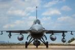 F-16 crashes at Holloman; pilot ejects