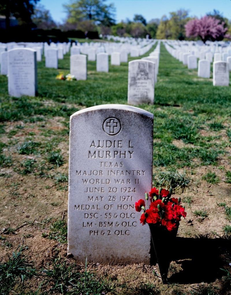 Audie Murphy's gravesite, Arlington National Cemetery, Arlington, Virginia. (Carol M. Highsmith photograph, now in the Library of Congress)