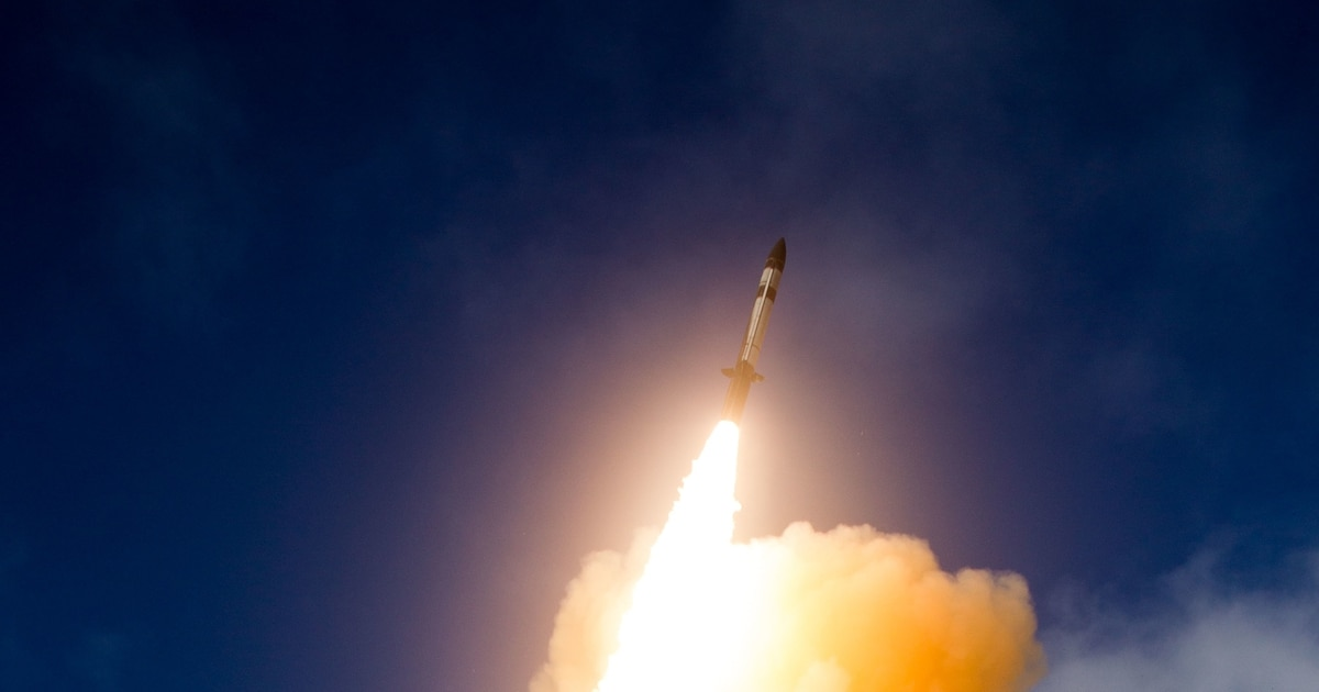 US Navy, Missile Defense Agency shoot down an intermediate-range ballistic missile in space